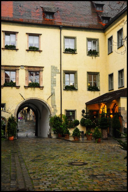 Hotel Courtyard, Regensburg