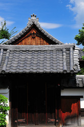 Summer Temple (玉泉院)