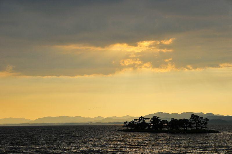 Lake Shinji (宍道湖)