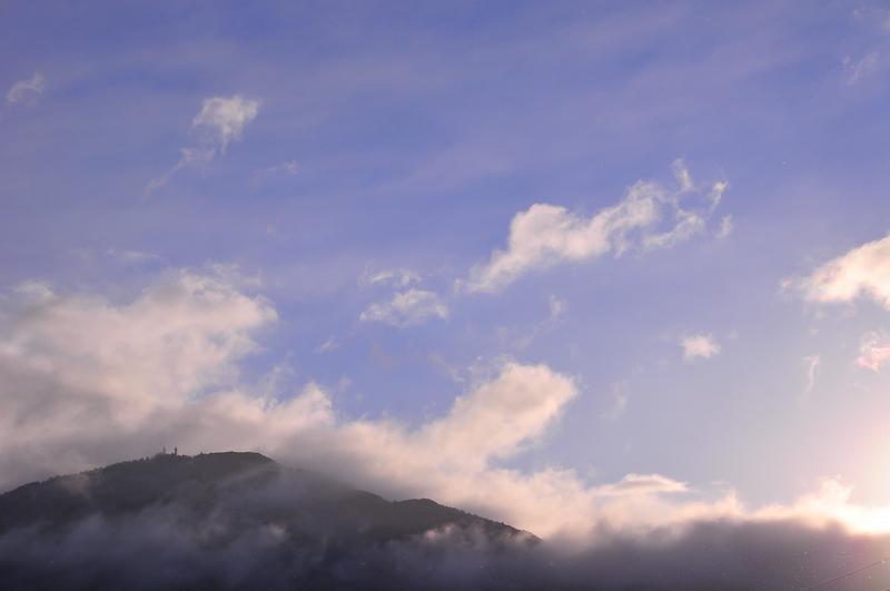 Morning Reaches Mt. Hiei 「朝の比叡山」