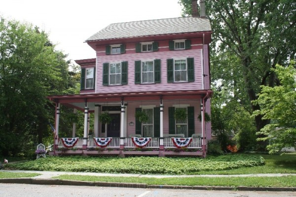 Victorian Home in Belvidere
