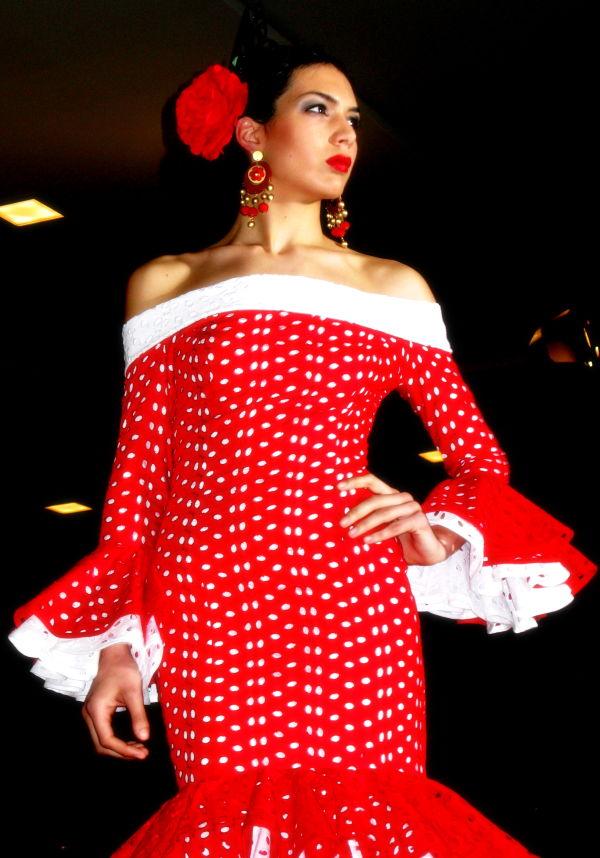 AURI CAMPILLO, moda flamenca,