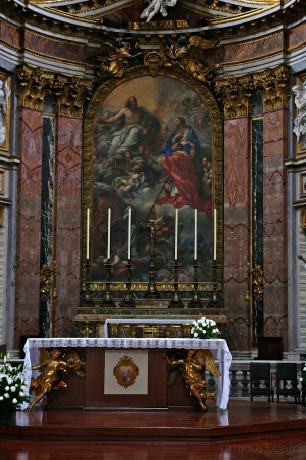 Ss Ambrogio e Carlo al Corso - High Altar