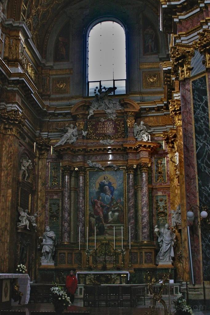 Ss Ambrogio e Carlo al Corso - Altar