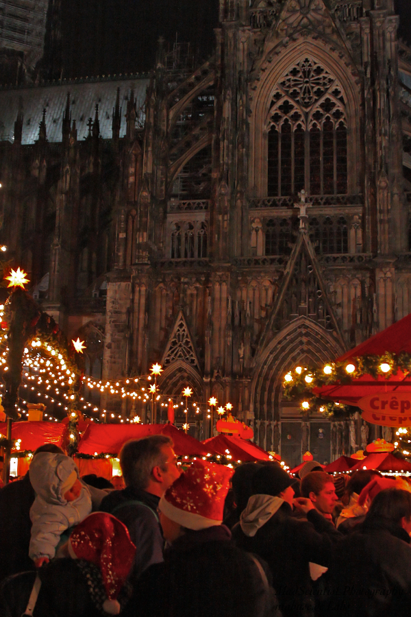 Christmas fair at Cologne Cathedral