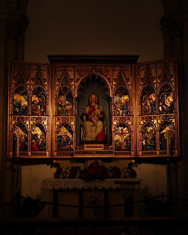 St. Aposteln, Cologne, Lady Altar