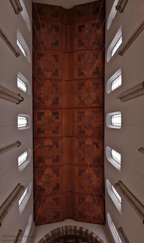 St. Maria im Kapitol, Ceiling