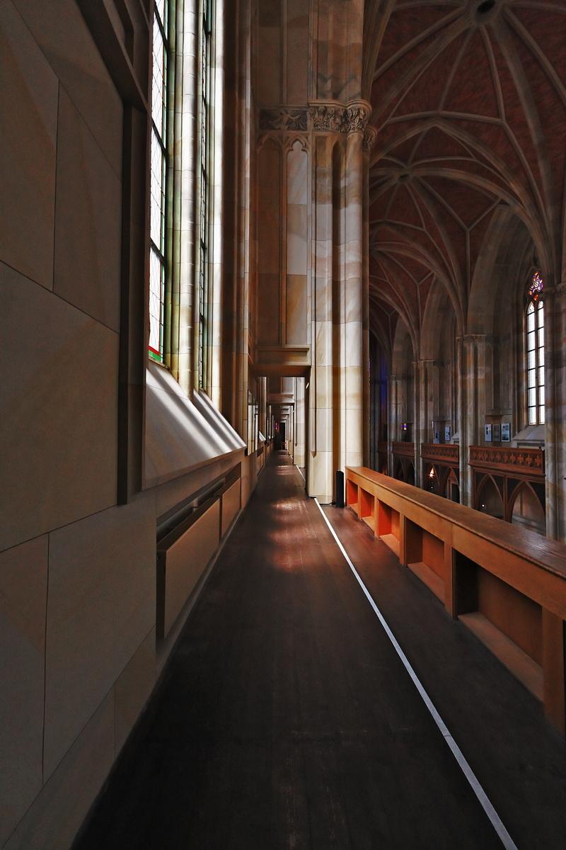 Friedrichswerdersche Kirche, Berlin: Walkway