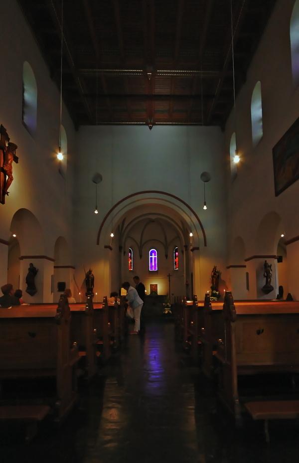 St. Remigius, Wittlaer: Interior
