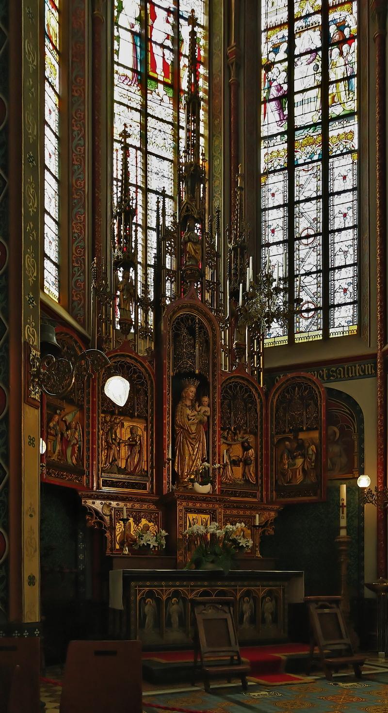 De Krijtberg, Amsterdam: St Mary's Altar