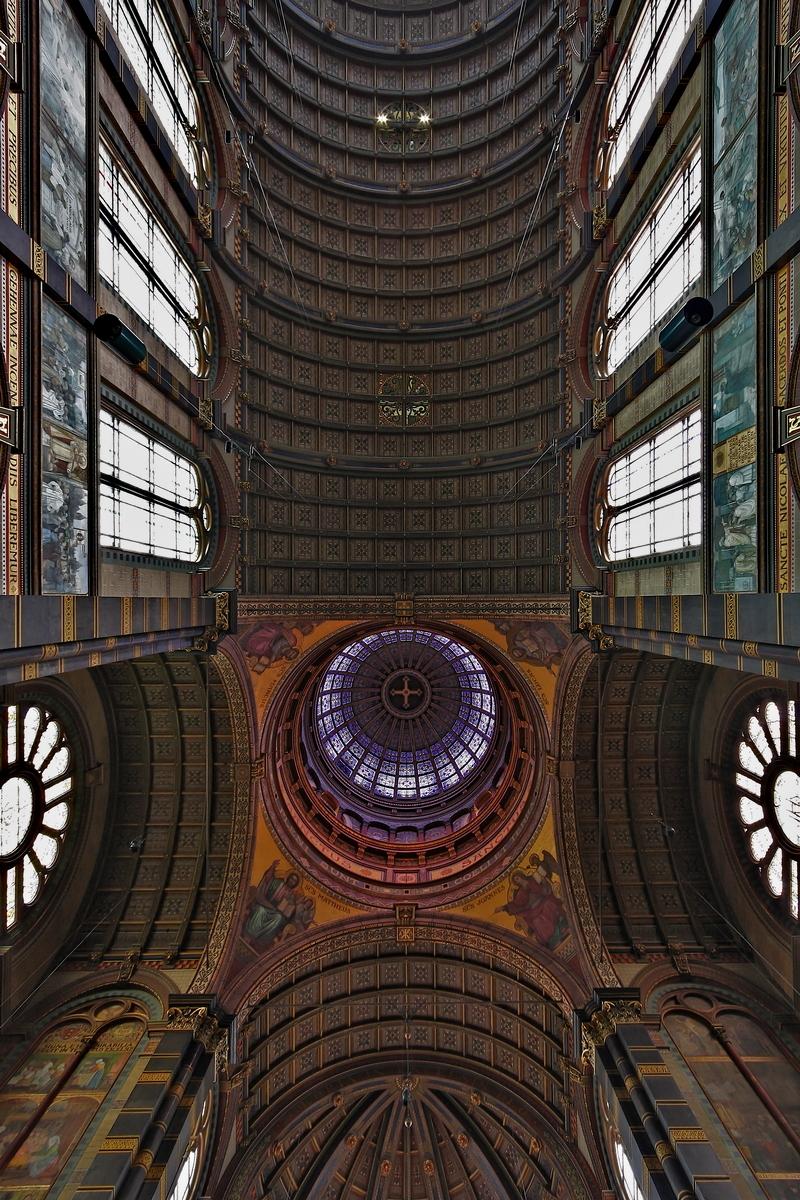 Sint Nicolaaskerk, Amsterdam: Ceiling