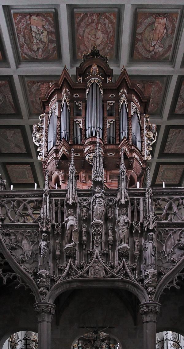 St. Pantaleon, Cologne: Rood Screen