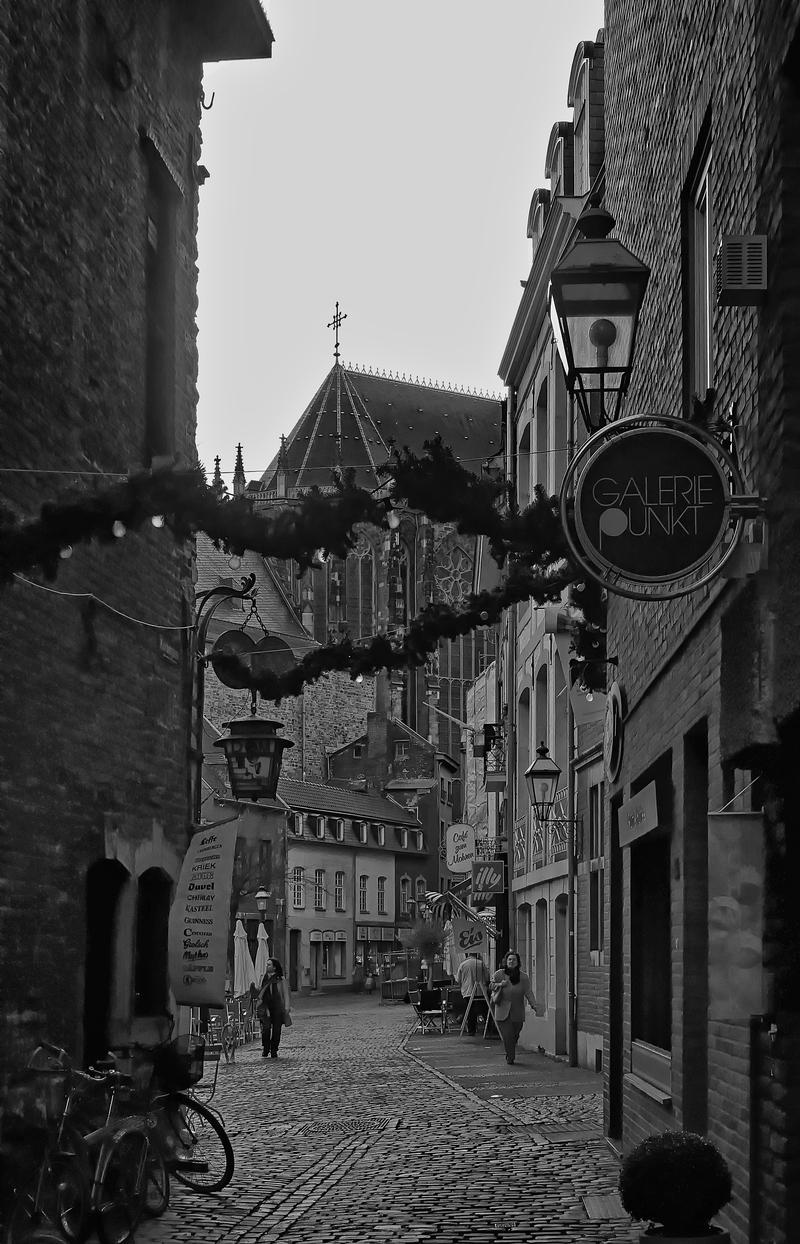 Quiet Days in Aachen