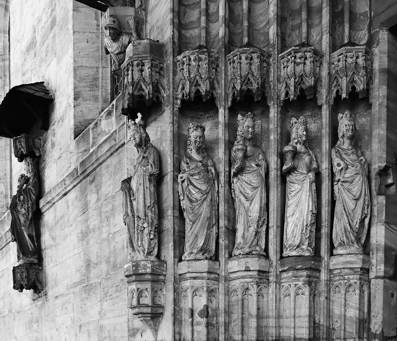 Obere Pfarre, Bamberg: Bride Portal (1)