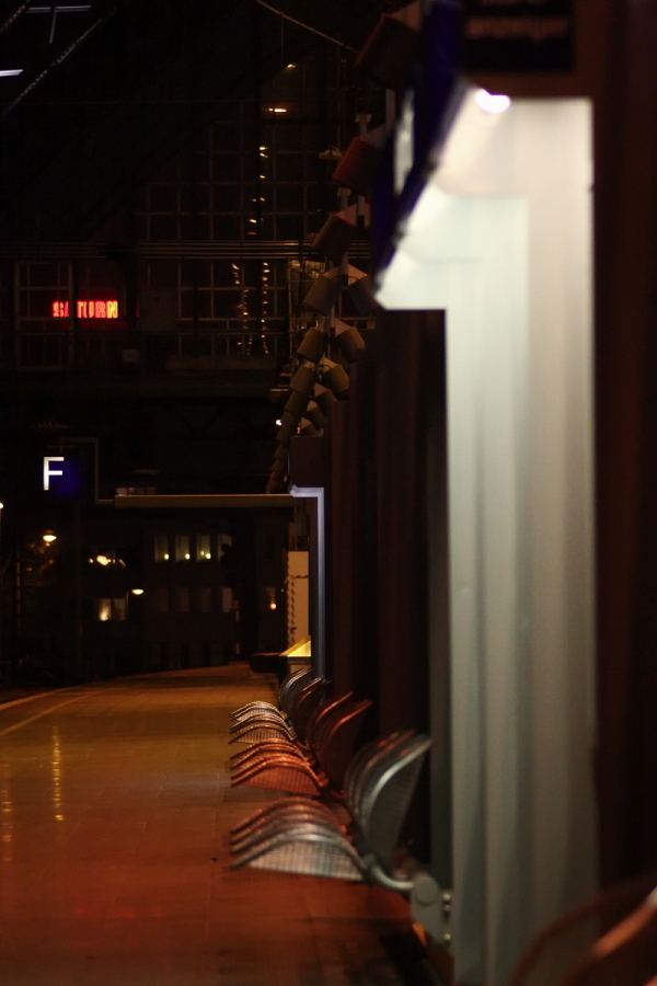 Platform 3, Gate F