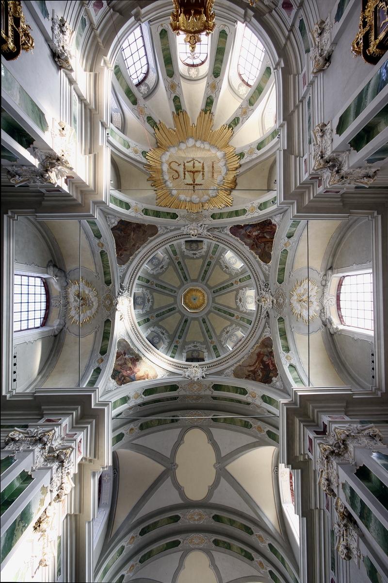 Jesuitenkirche, Mannheim: Ceiling