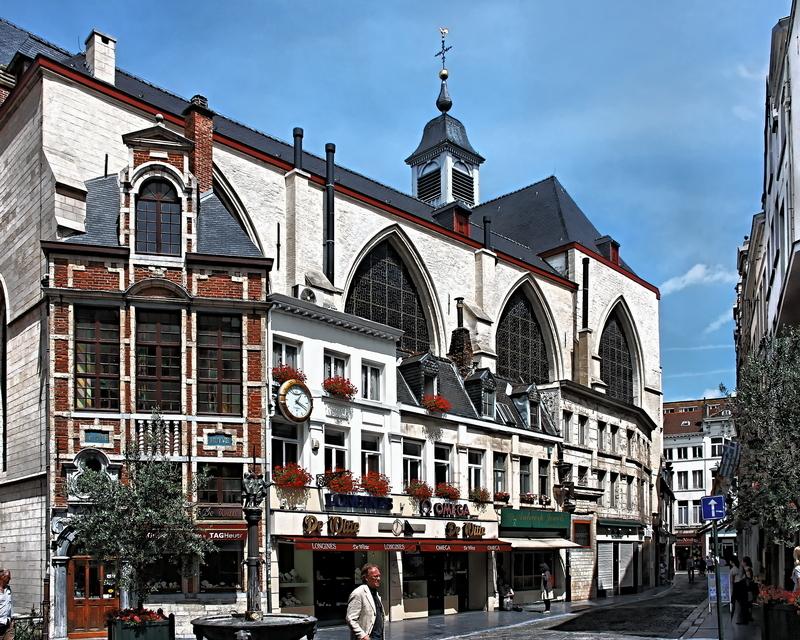 Église St-Nicolas, Brussels: Surroundings