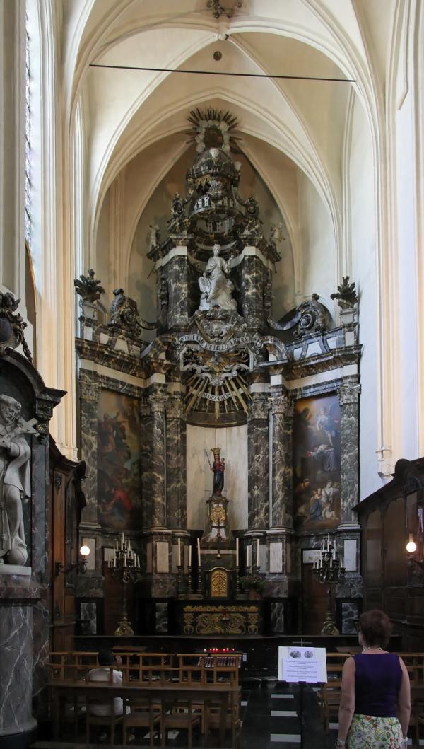 Église St-Nicolas, Brussels: Maria Pacis Altar