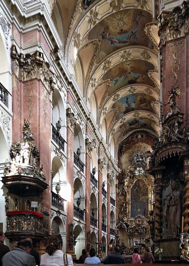 St Jacob, Prague: Choir