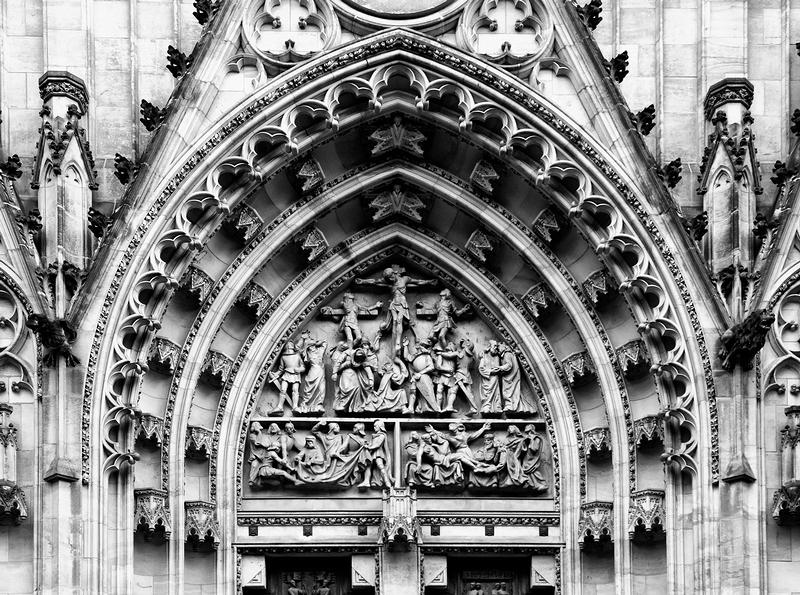 St Vitus: Tympanum