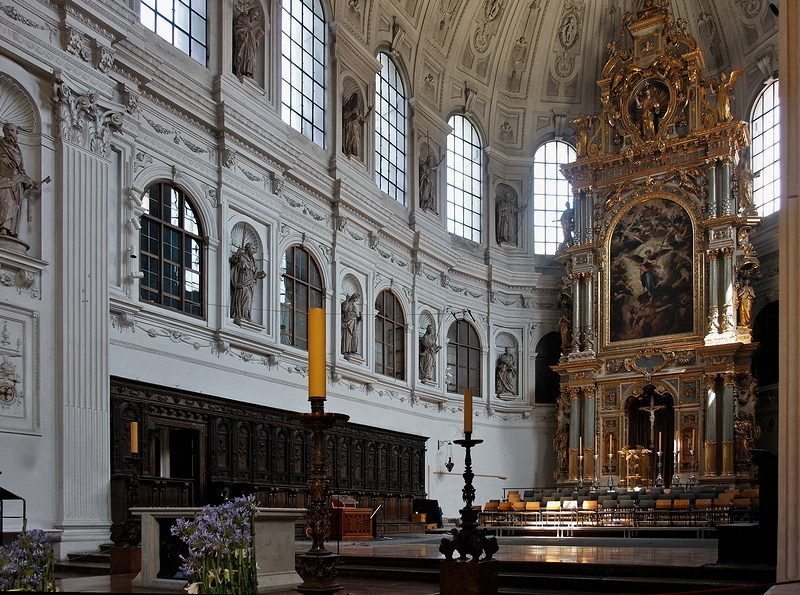 St Michael, Munich: Choir