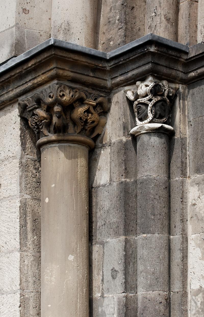 St Vitus, Mönchengladbach: Capitals