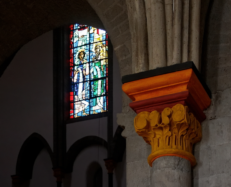 St Vitus, Mönchengladbach: Colour