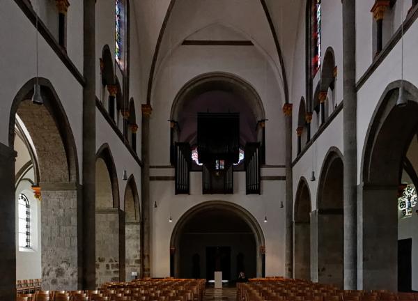 St Vitus, Mönchengladbach: Nave