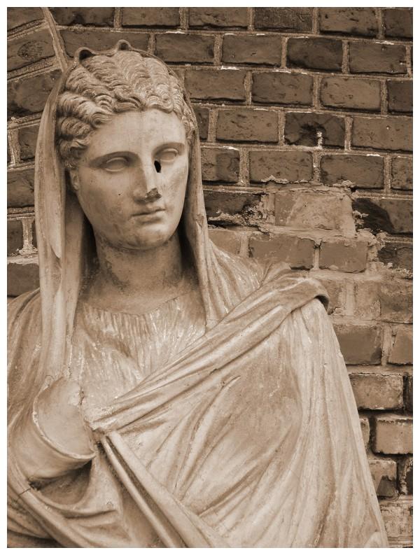 statue kaliningrad