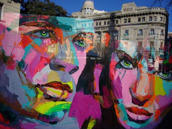 Reflex des del vidre d'una galeria d'art