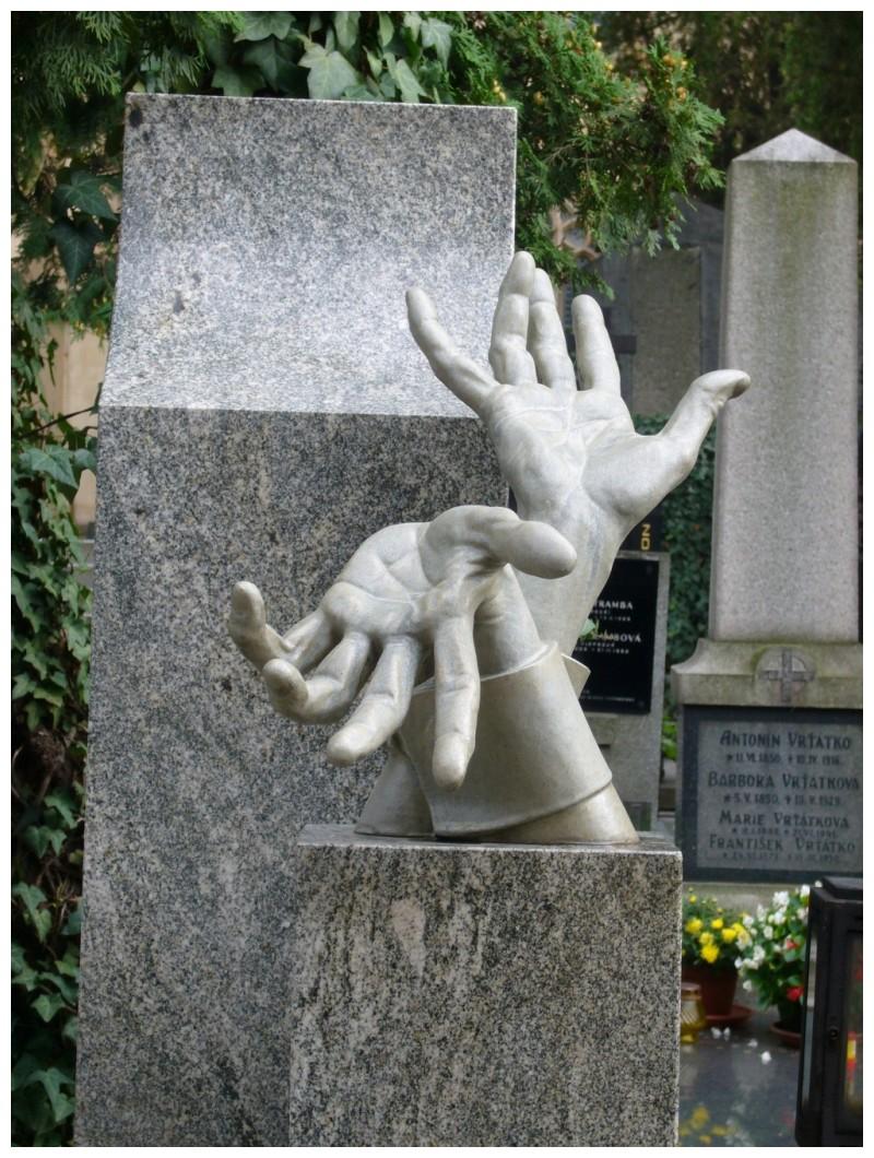 A les teves mans