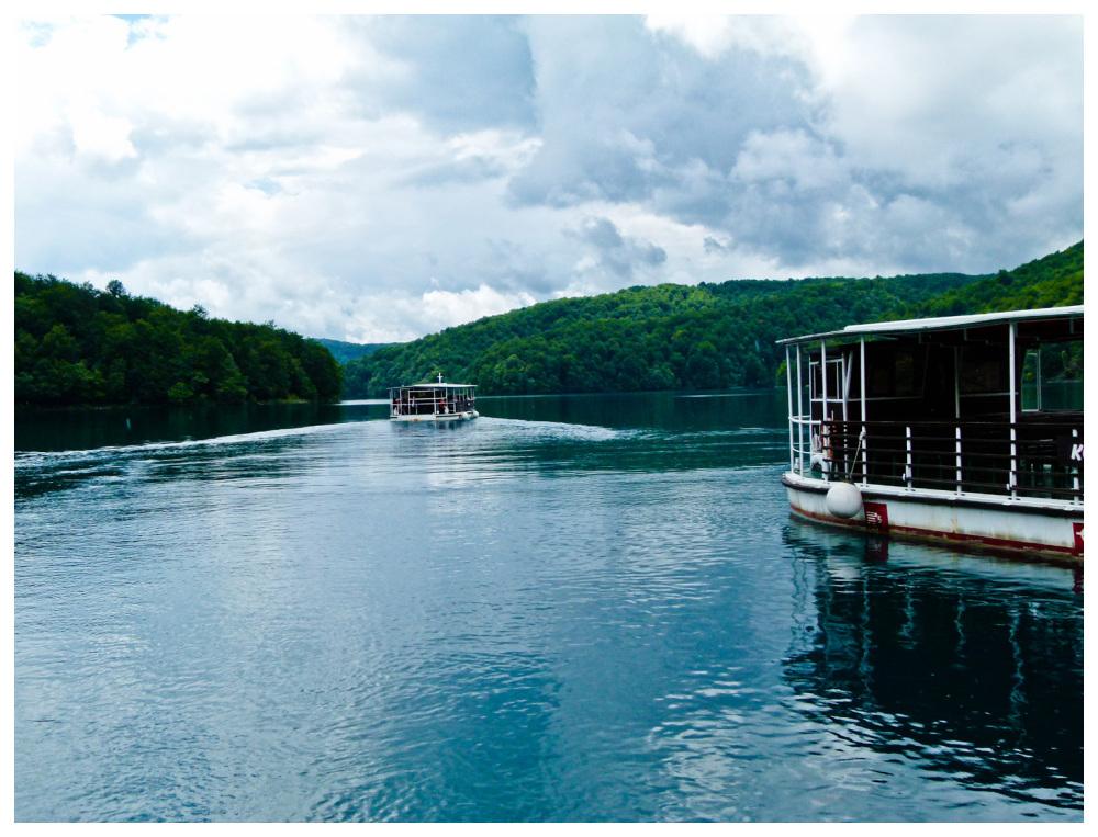 Navegant els llacs