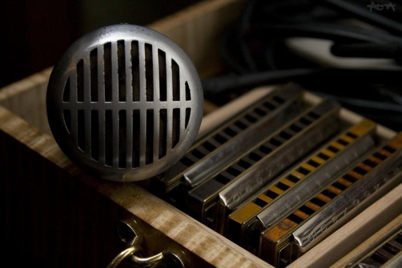 harmonica case with mic, art perkins