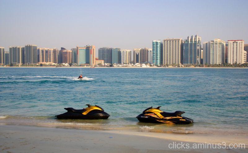 Abu Dhabi, Abu Dhabi Corniche, Water Bikes