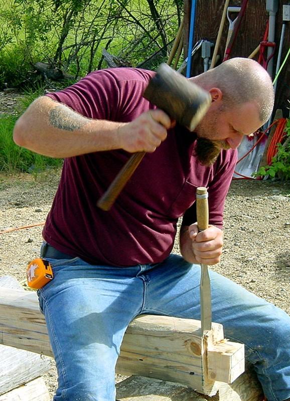 Log builder