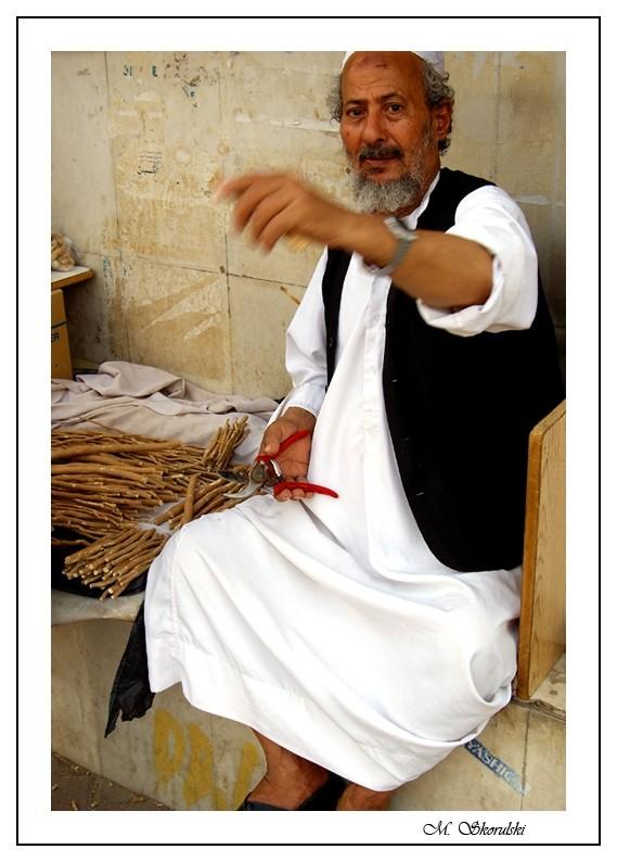 Muswak seller