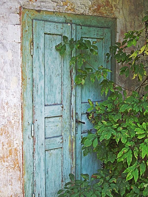Totka's door