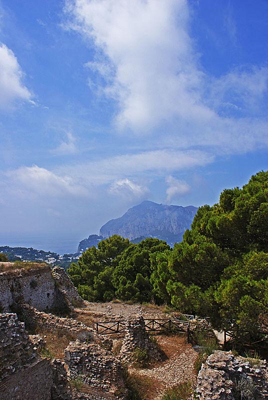 Ruins of Villa Jovis and beyond