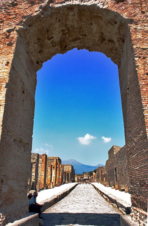 Pompeii perilous