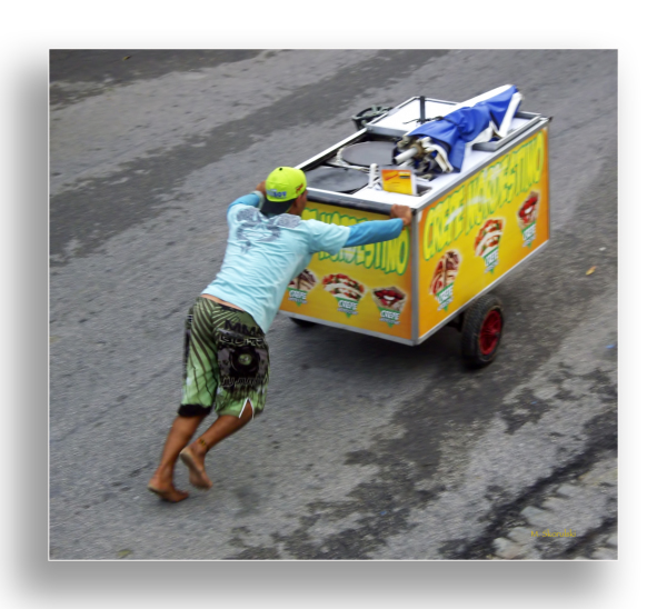 Brazilian Crepe Seller