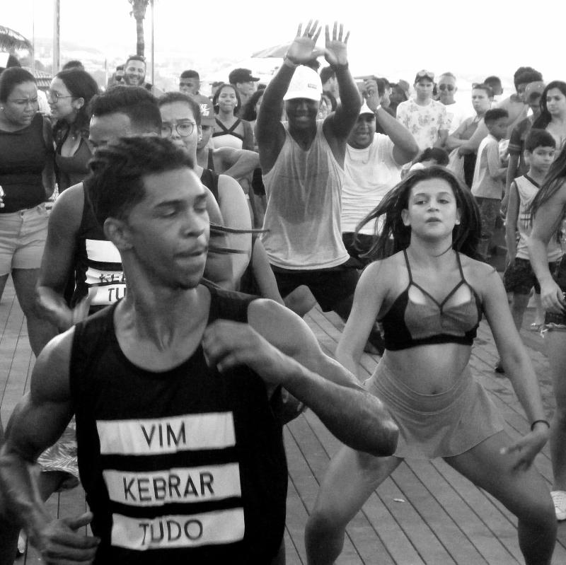 Dancers on the boardwalk