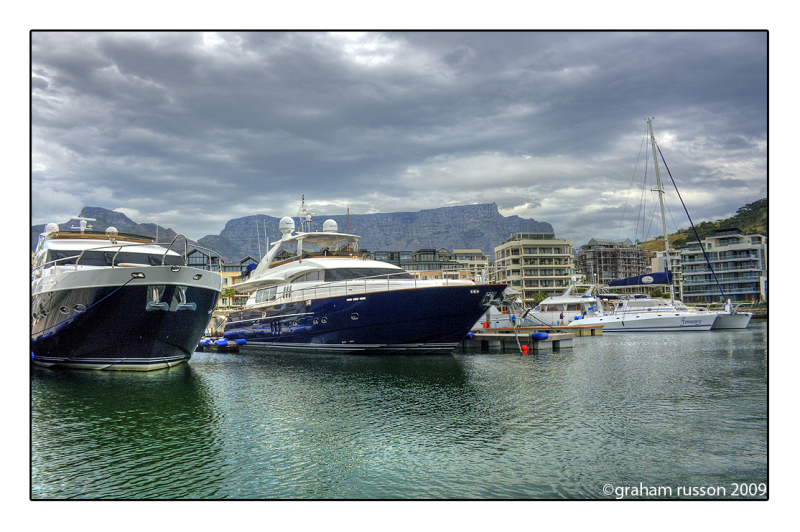 boats waterfront marina table mountain cape town