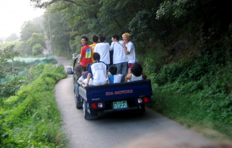 kids in truck in Korea