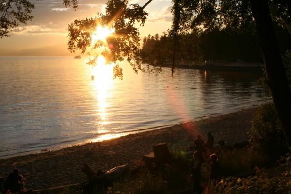 stanley park beach sunset
