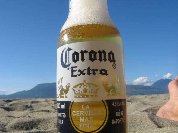 beer on th beach
