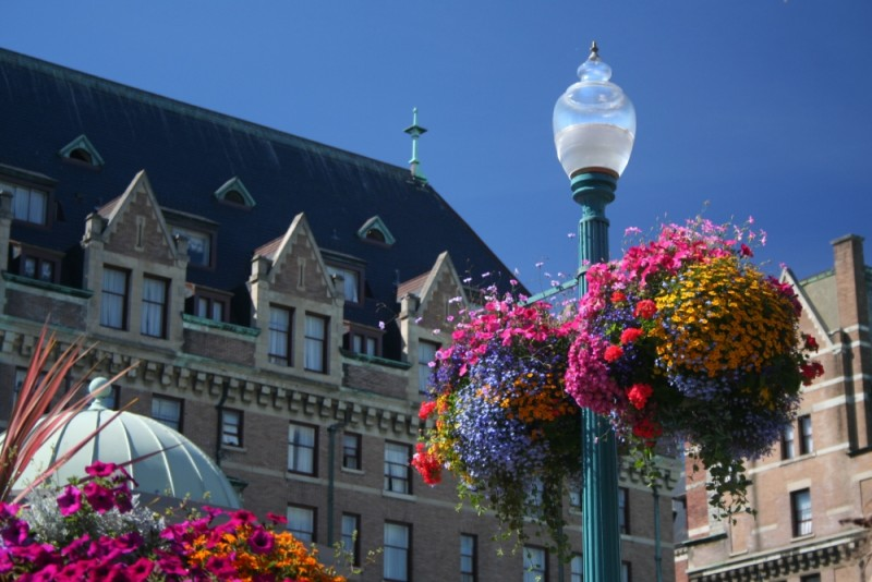 empress hotel and flowers