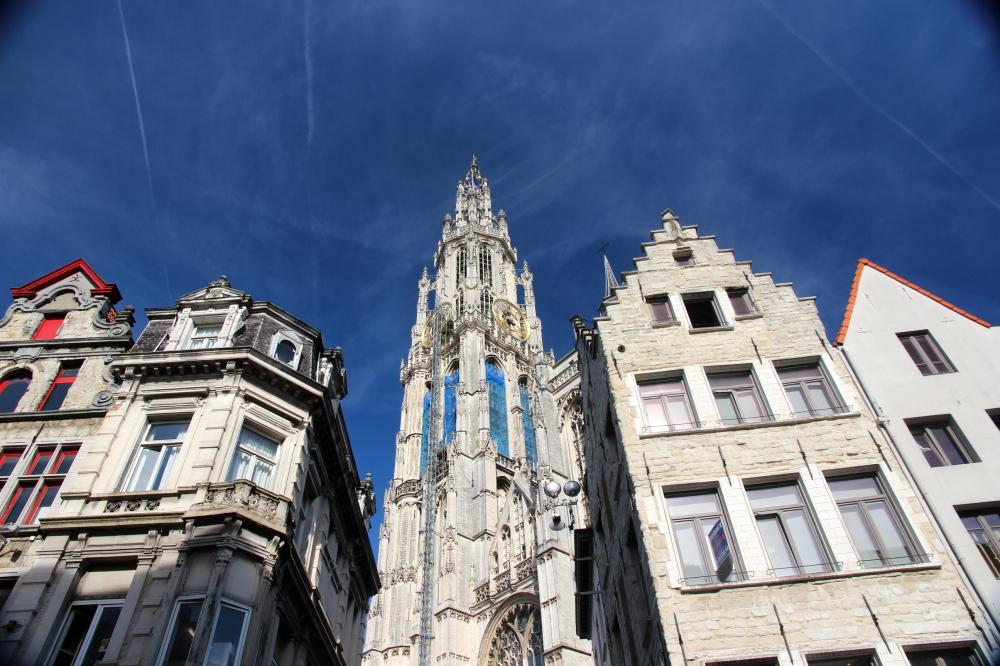Open skies Antwerp