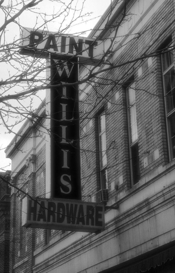 willis hardware