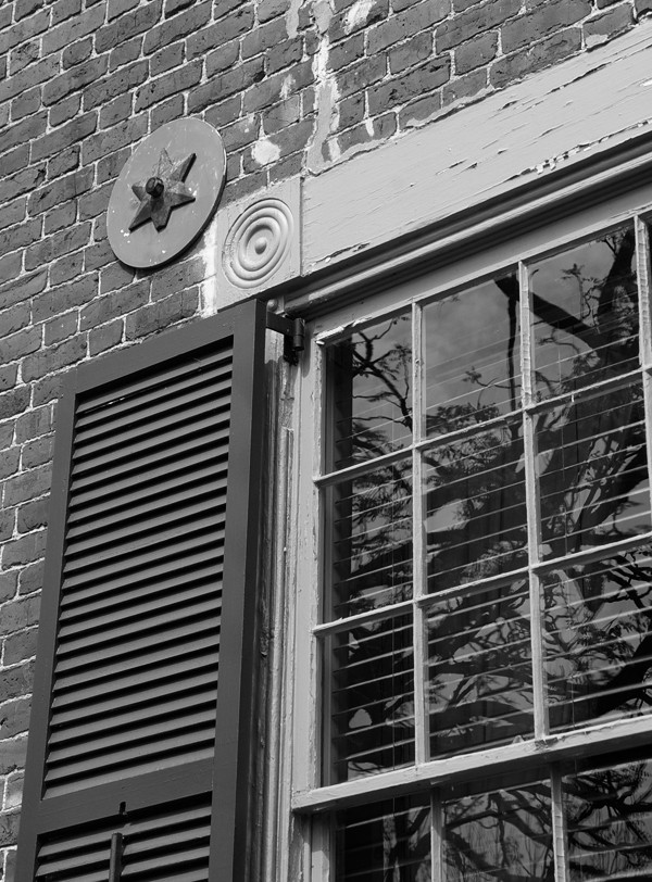 grapeland window