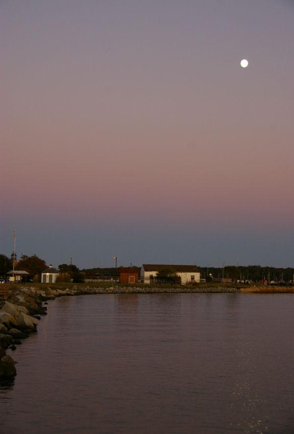 cape charles moonrise